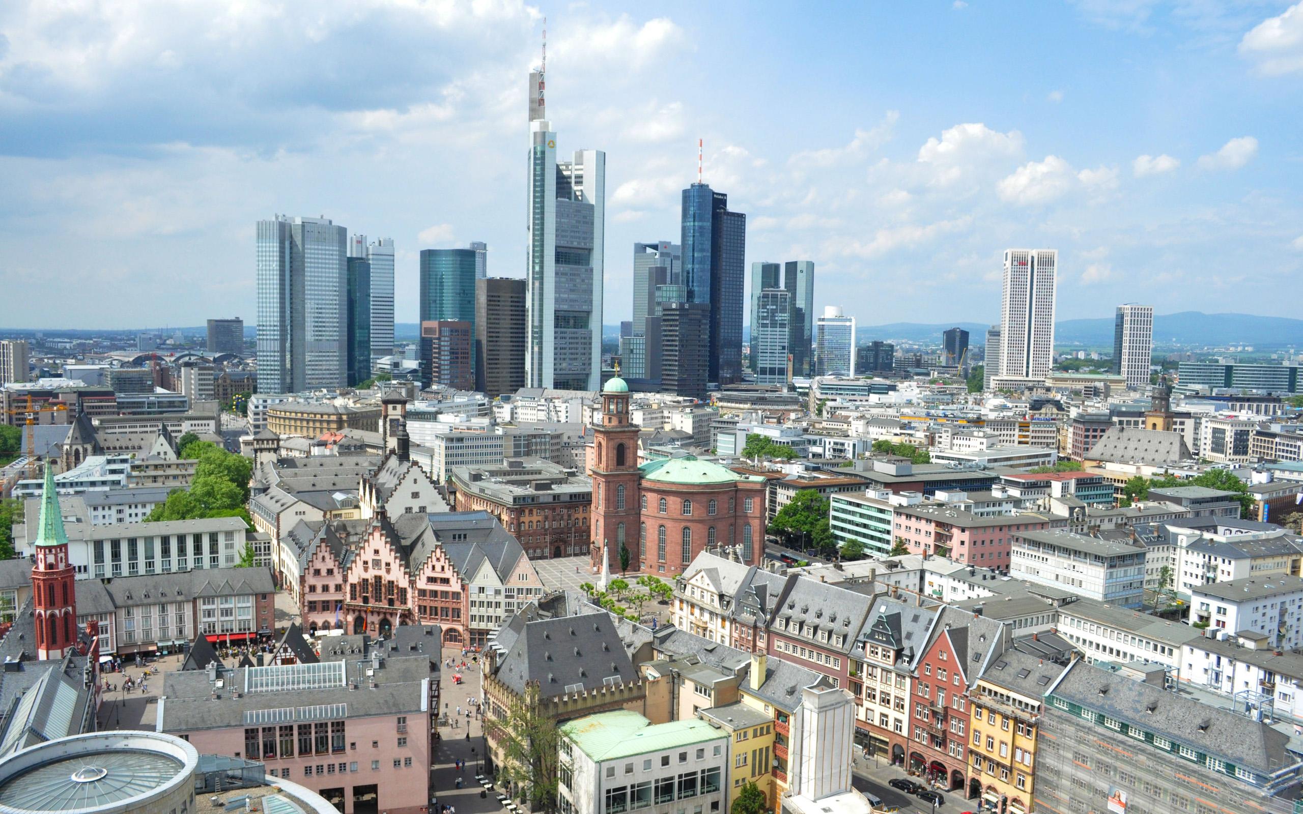 N rnberg frankfurt 2014 deutschenstock for Piscine mantes la ville