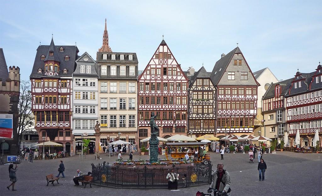 Frankfurt_Römerberg_Ostzeile